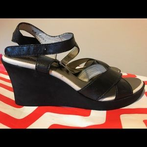 Andre Assous 'Jessica' Black Leather Wedge Sandals